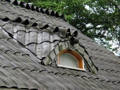 un toit en pneu