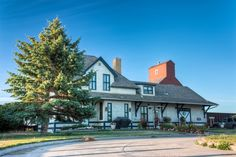 Image result for Gravelbourg saskatchewan Old Train Station, Mansions, House Styles, Image, Home Decor, Decoration Home, Manor Houses, Room Decor, Villas