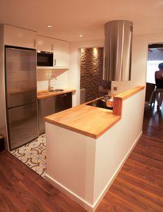 102 veces he visto estas buenas barras de cocinas. Little Kitchen, New Kitchen, House Front Design, Style Vintage, Modern Kitchen Design, Dream Rooms, Home Reno, Small Apartments, Kitchen Remodel