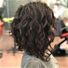 50 Short Curly Hair Ideas to Step Up Your Style Game Bob Hairstyles curly bob hairstyles Curly Lob, Bob Haircut Curly, Curly Hair Styles, Haircuts For Curly Hair, Long Curly Hair, Short Bob Hairstyles, Medium Hair Styles, Men's Hairstyles, Haircut Short