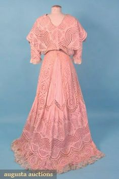 TRAINED PINK TEA GOWN, c. 1905 Pink cotton eyelet, ivory Val insertion & edging lace, pink silk charmeuse lining.