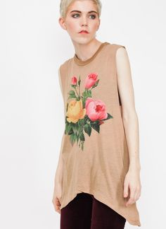 Now that is a rad floral top