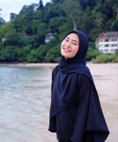 Naruto Art, Beautiful Hijab, Muslim Women, Bodycon Dress, Stylish, Sexy, Profile, Beauty, Dresses