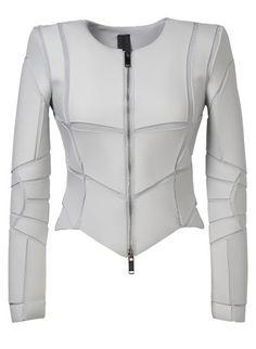 Gareth Pugh, future fashion, futuristic jacket, futuristic look, futuristic style, futuristic clothes, cyber clothes, white jacket, cyber