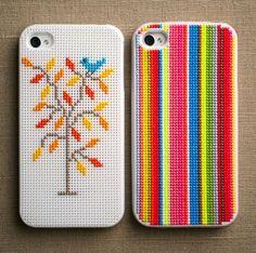 O data cu raspandirea telefoanelor mobile pe tot globul s-a extins si piata accesoriilor pentru aceste dispozitive. Fie ca preferati iOS sau Android, iPhone, Microsoft sau Samsung, un lucru este sigur: doriti foarte mult sa va protejati achizitia care va poate costa si cateva sute de euro. http://trucurionline.eu/cum-puteti-sti-ce-tip-de-carcasa-i-se-potriveste-telefonului-dumneavoastra/