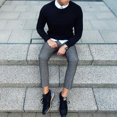 Simple but effective. It's the little details such as the untucked shirt that make it a bit more relaxed, but the sharp fit keep it from being sloppy
