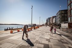 link arkitektur reinvigorates stranden waterfront promenade aker brygge in oslo