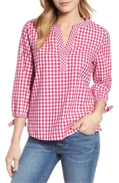 Product Image, so cute to see the outfit. Kurta Designs, Blouse Designs, Kimono Tee, Short Tops, Blouse Dress, Stylish Dresses, Indian Wear, Gingham, Ideias Fashion
