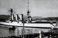 Αβέρωφ που έλαβε μέρος στην απελευθέρωση του Αγίου Όρους (2.11.1912) (Ναυτικό Μουσείο Χανίων) New York Skyline, Travel, Viajes, Destinations, Traveling, Trips