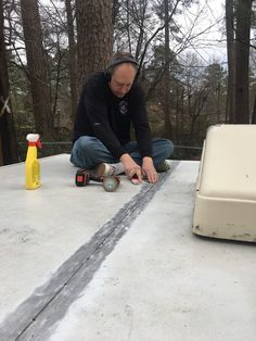 Fixing pop up camper leaks how to do it yourself camping camper fixing a pop up camper roof that is leaking can be done as a diy project we can show you how to do it solutioingenieria Gallery