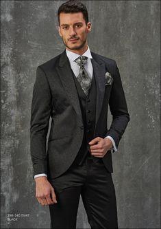 Traje negro adamascado con pantalón liso a tono  araxgazzo b9fb7e62c1e