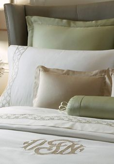 ATRIUM A winding lattice of small flowers and leaves lays across the bed in a gently undulating pattern. Hand-embroidered in any color on our sumptuous 400 count Egyptian cotton. Pure heaven.