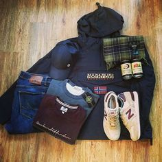Football Casual Clothing, Football Casuals, Football Outfits, Smart Casual, Casual Looks, Sales Presentation, Herren Outfit, Outfit Grid, Stone Island