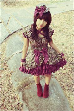 vestido de festa junina moderno e curto