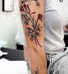 Australia Koala Drawing - Australia Animals For Kids - Australia Memes Upside Down - - Flower Tattoos, Leaf Tattoos, Hand Tattoos, Sleeve Tattoos, Floral Tattoo Design, Tattoo Designs, Bluebell Tattoo, Kangaroo Paw Plant, Thanks For Today