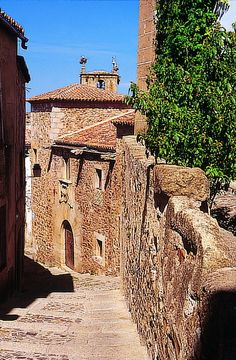 Jewish community used to live in Cáceres too. Their vestiges can still be tracked back in the old city.  Spain