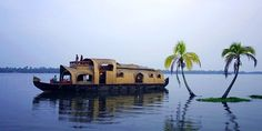 One Week Houseboat Cruise in Kerala, India with Onboard Chef Cooking Freshly Caught Seafood, A Great Book & Docking at different places to Market Shop...
