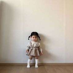 28 Trendy Baby Girl Hairstyles Families New Site Baby Girl Hairstyles Baby Families girl hairstyles site Trendy Cute Asian Babies, Korean Babies, Asian Kids, Cute Babies, Baby Outfits, Cute Outfits For Kids, Cute Kids, Cute Little Baby, Cute Baby Girl