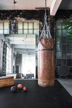 An Old industrial building restored into a loft space Home Gym Garage, Gym Room At Home, Home Gym Decor, Home Gym Design, Loft Design, House Design, Gym Interior, Interior Design, Dream Gym