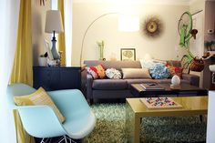 Buy It, DIY It & Make It Fit: 20 Posts to Help You Move into a Small Space