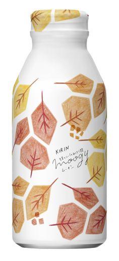 生姜とハーブのぬくもり麦茶 moogy 「あかね色の絨毯」パッケージデザイン(Autumn&Winter collection 2017) Cosmetic Packaging, Brand Packaging, Innovative Packaging, Japanese Packaging, Beverage Packaging, Bottle Design, Sustainable Design, Logo Design Inspiration, Package Design