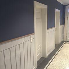 Kreative Gestaltung gefertigt nach Ihren individuellen Vorstellungen - Bodenbeläge, Wände, Türen, Decken und beste Akustik realisieren wir mit hochwertigsten Materialien und in präziser, exklusiver Ausführung.