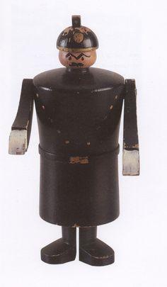 Kay Bojesen houten figuur, jaren 30 Bauhaus, Scandinavian Toys, Toy Shelves, Military Figures, Woodturning, Old Toys, Vintage Wood, Puppets, Decorative Items