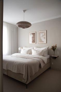 Bedroom Inspo, Home Decor Bedroom, Bedroom Inspiration, Minimalist Room, Scandinavian Bedroom, Luxurious Bedrooms, New Room, House Rooms, Interior Design