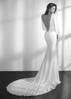 Chic Stretch Chiffon V-neck Neckline Mermaid Wedding Dress With Beadings