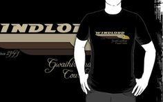 """""""WINDLORD ~ Gwaihir and family Courier Services (Light)"""" T-Shirts & Hoodies by tharook 