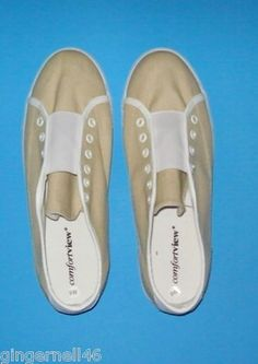 Comfort View Tennis Shoes Size 9W Beige White New Slip on free shipping