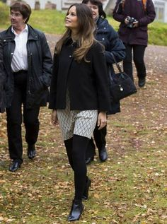 Get details on Princess Sofia's outfit back home here http://ift.tt/1L7tRM4 - http://ift.tt/1HQJd81