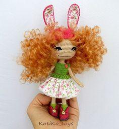 Девчушка-зайчушка  рост около 15 см.