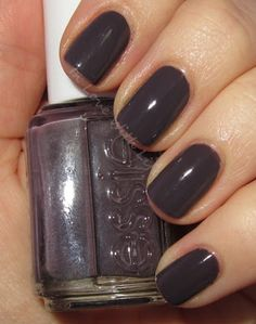 essie - Smokin Hot on ♥ In Love With Life ♥