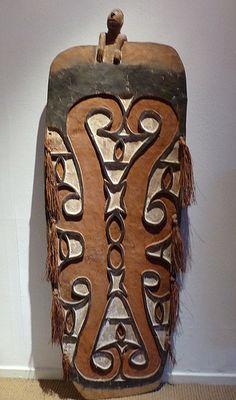 Papua, Asmat, Casuarine Coast. Shield, Nico Akerboom MSC