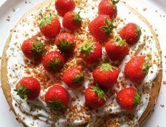 Taart gemaakt door ZOET #Taart #Verjaardag #Aardbeien #Heerlijk #Taart #zoet #zeist #theeroom #lunchroom