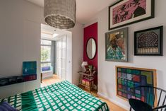 Turquoise | Bed spread, Hereford Road, border of Notting Hill and Bayswater, Westminster, London