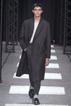 Paul Smith Men's RTW Fall 2015 - Slideshow