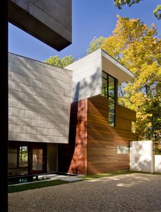 Wissioming Residence by Robert Gurney Architect (Interior Designer: Therese Baron Gurney, ASID) / Glen Echo, Maryland, USA