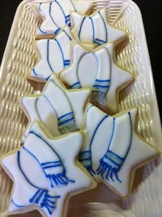 Cookies for a Bar Mitzvah dessert table including torah cookies, star of david cookies, and tallit cookies. These are perfect for a traditional Jewish Hannukah Cookies, Jewish Cookies, Star Cookies, Jewish Holiday Calendar, Bar Mitzvah Party, Bat Mitzvah, Jewish Celebrations, Hanukkah Celebration, Hanukkah Food