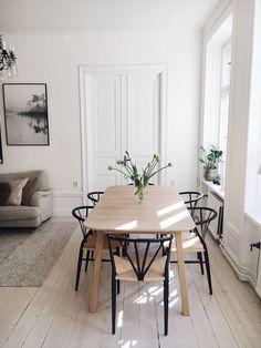 Dining Room Inspiration, Home Decor Inspiration, Home Decor Signs, Cheap Home Decor, Simple Interior, Dining Room Design, House Rooms, Home Decor Accessories, Home Remodeling