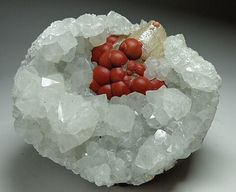 Red fluorite and quartz