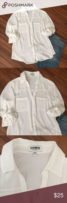White EXPRESS button down blouse White EXPRESS button down blouse with convertible sleeves. Light weight blouse. Cute to dress up or down. NWOT. 🚫NO TRADE PRICE IS FIRM🚫 Express Tops Blouses