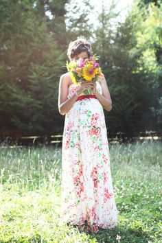 I love the style of this dress, and the floral boquet is so spunky and autumn-y - Olivia