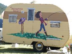 This is what I've been looking for today.  The gallery from Sisters On The Fly, an RV travel club.