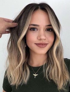 Perfection Of Face Framing Balayage Hair Styles for 2019 | Stylesmod-#balayage #Face #framing #Hair #perfection #styles #stylesmod