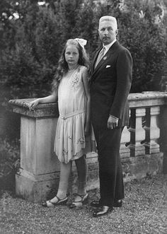 Prussia Prince Adalbert of Germany*14071884 with his daughter Victoria Marina ca 1925 Photographer TH VoigtVintage property of ullstein bild
