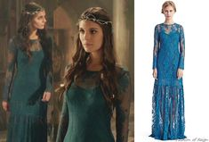 In the eighteenth episode Kenna wears this Candela NYC Kennedy Dress in teal ($895 $495). She wears it with this Jennifer Behr diadem.