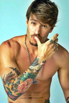 YUMMMM I have no idea who this man is, but he has the hair of a member of a boy band, the facial hair of Johnny Depp, the body of an Olympian and the tattoos of Adam Levine. And I love it. (Found out his name is Mateus Verdelho! Sexy Tattoos, Girly Tattoos, Tattoos For Guys, Colorful Tattoos, Tattooed Guys, Sleeve Tattoos, Tatoos Men, Nice Tattoos, Floral Tattoos