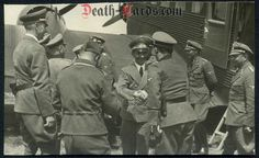 orig. WWII Photo - Josef Goebbels wiht SS Men of Reichssicherheitshauptamt / RSHA Cufftitle